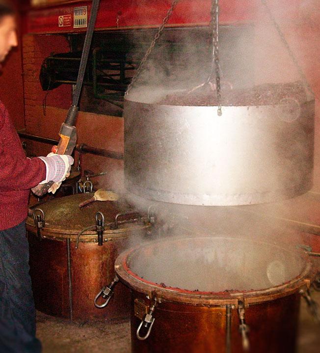 Distillazione Antica Distilleria di Altavilla